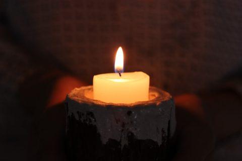 闇があなたをつつもうとするとき、心にともしびを・・・阪神淡路大震災に思う